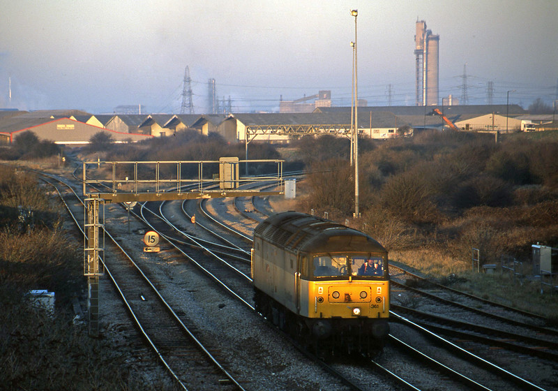47361, down light to car carriers, Hallen Marsh Junction, Avonmouth, 14-2-01.