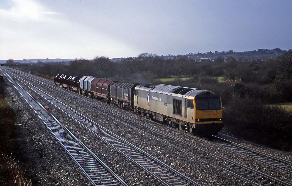 60082, 11.02 Margam-Ebbw Vale, St Mellons, Cardiff, 6-2-01.