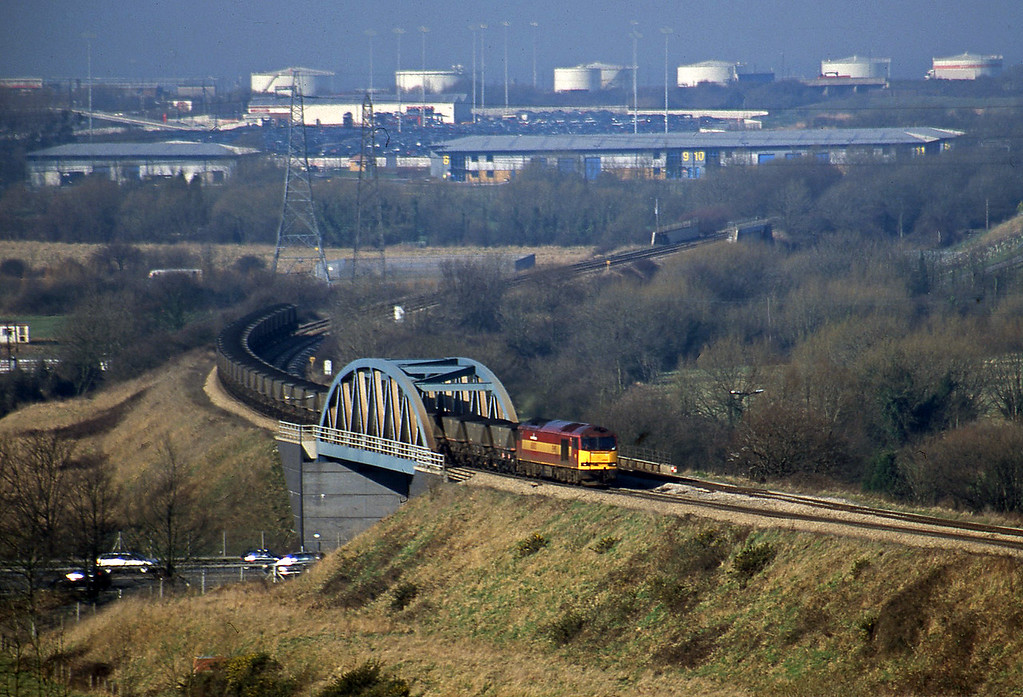 60003, 11.07 Avonmouth Bulk Handling Terminal-Didcot Power Station, Hallen Marsh, Bristol, 14-2-01.