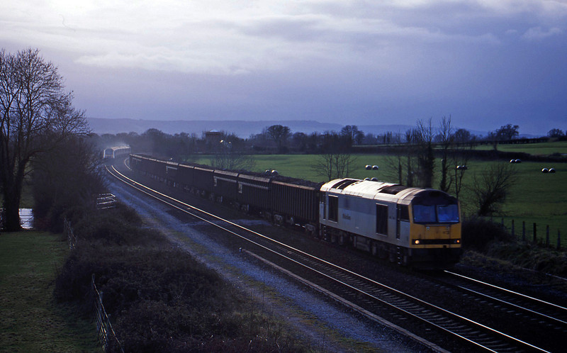 60073, 13.31 Exeter Alphington Road-Cardiff Tidal, Cogload, 27-1-01.
