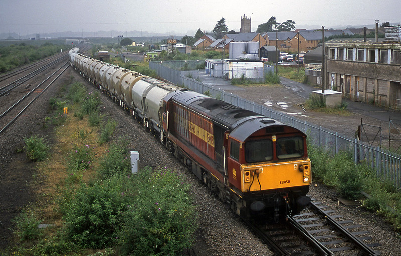 58050, 12.12 Newport Alexandra Dock Junction-Westbury, Severn Tunnel Junction, 10-7-01.