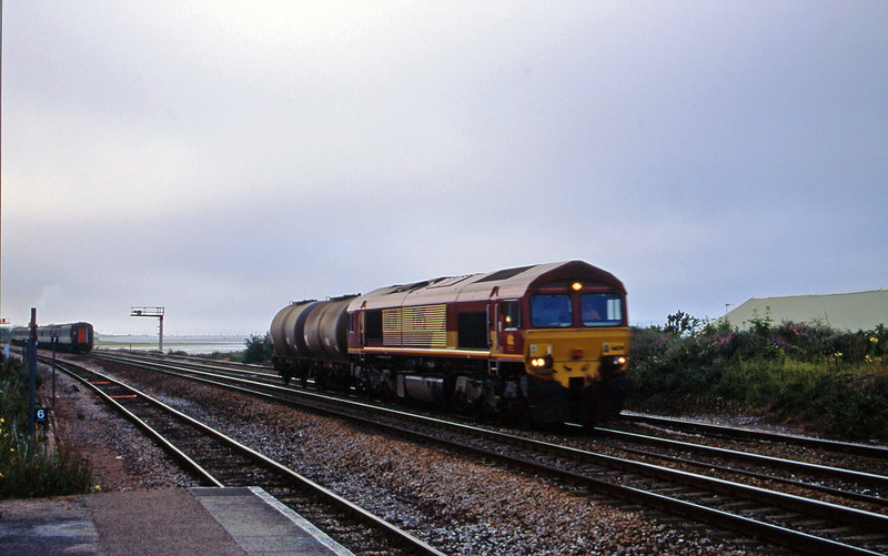 66139, 17.01 Westbury-Plymouth Tavistock Junction Yard, Dawlish Warren, 2-7-01.