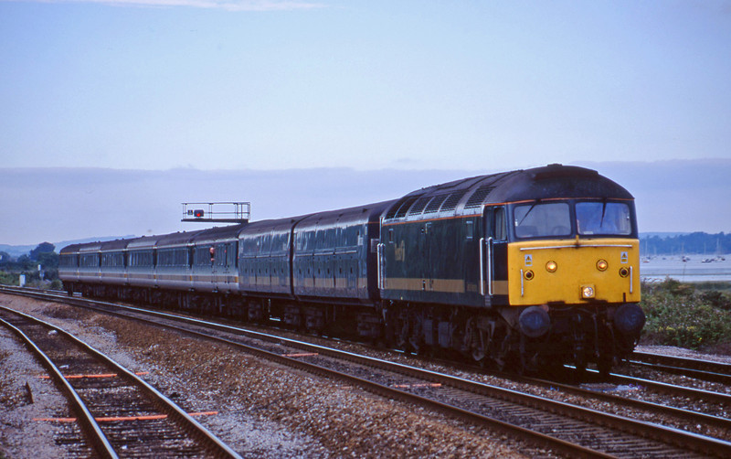 47830, 14.33 London Paddington-Plymouth, Dawlish Warren 30-7-01.