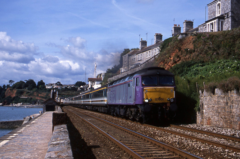 57601, 09.10 Plymouth-Glasgow, Dawlish, 24-7-01.