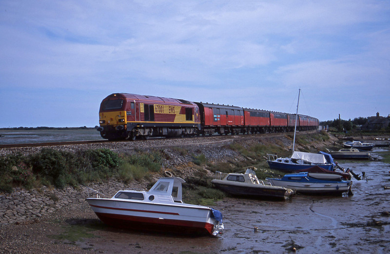 67001, 15.09 Plymouth-Low Fell, Cockwood Harbour, near Starcross, 24-7-01.