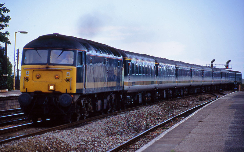 47811, 14.30 Penzance-London Paddington, Dawlish Warren, 22-7-01.
