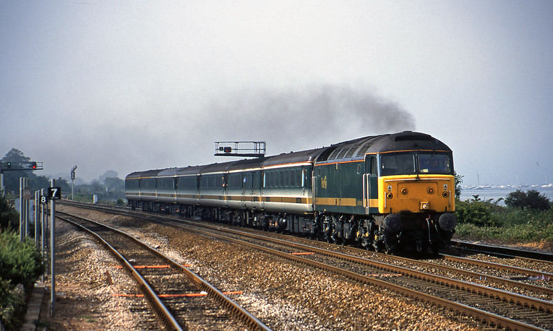 47846, 14.33 London Paddington-Plymouth, Dawlish Warren, 2-7-01.