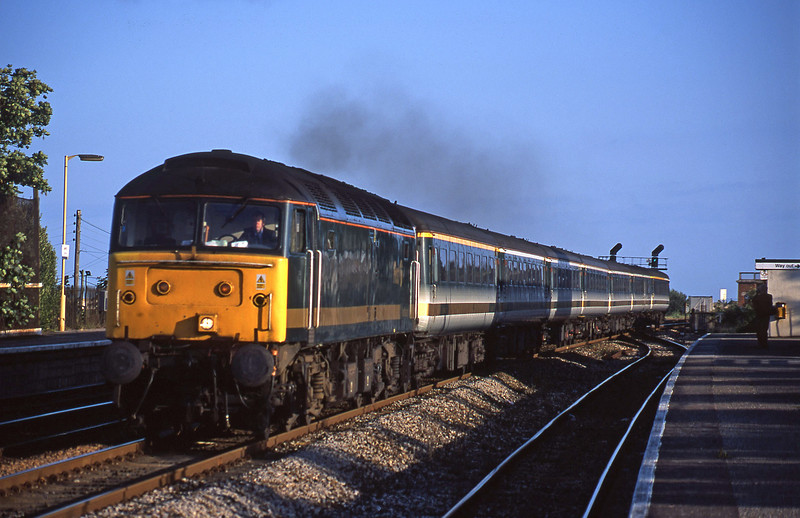 47811, 18.40 Plymouth-London Paddington, Dawlish Warren, 19-7-01.