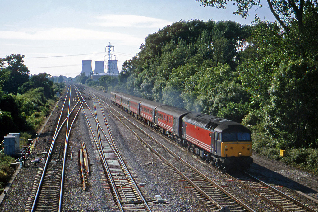 47853, 10.40 Edinburgh-Brighton, South Moreton, near Didcot, 19-6-01.