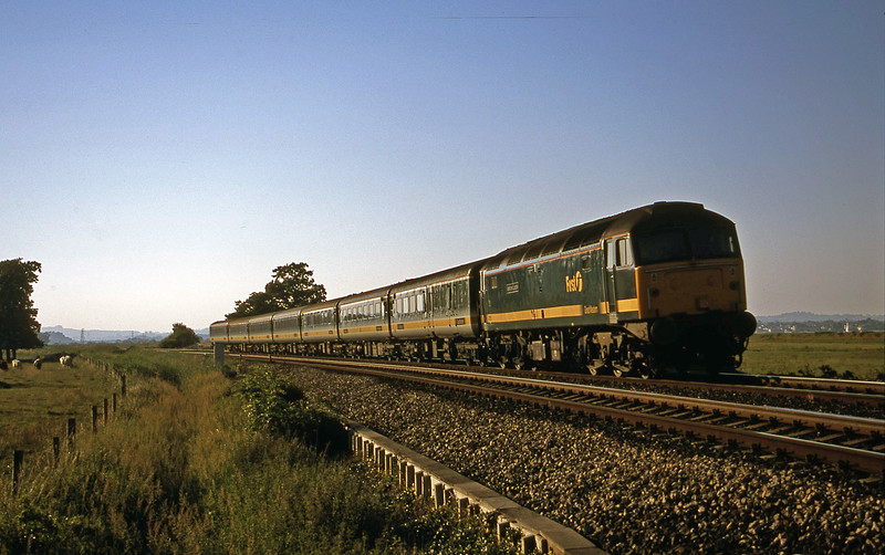 47815, 16.33 London Paddington-Penzance, Powderham, near Exeter, 22-6-01.