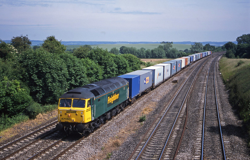 47150, 12.30 Southampton-Leeds, South Moreton, near Didcot, 19-6-01.