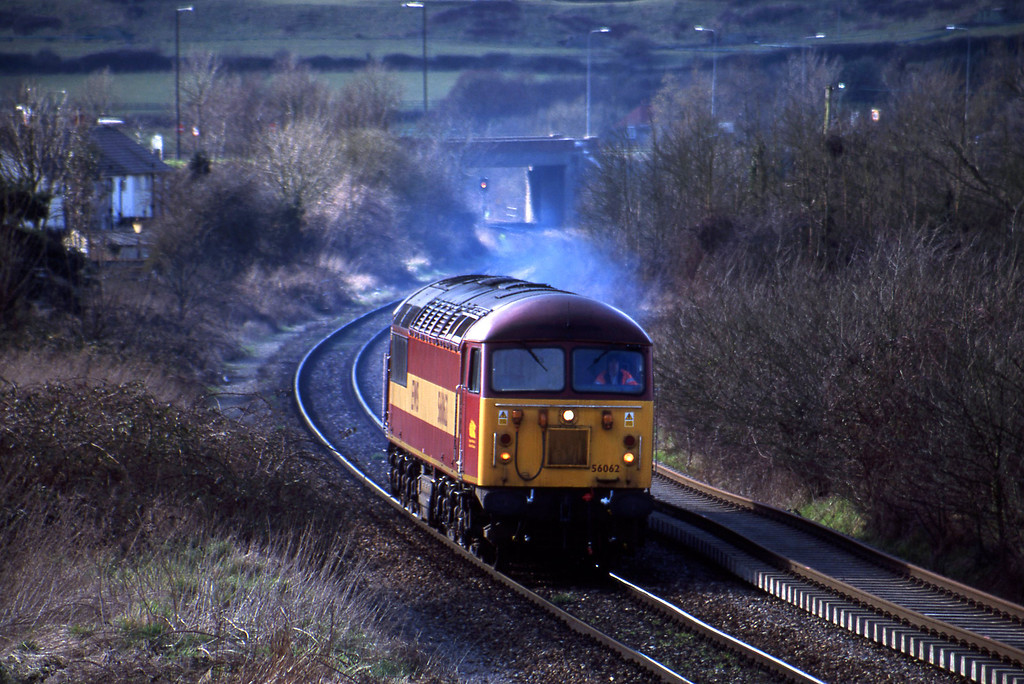 56062, up light, Brentry, Bristol, 13-3-01.