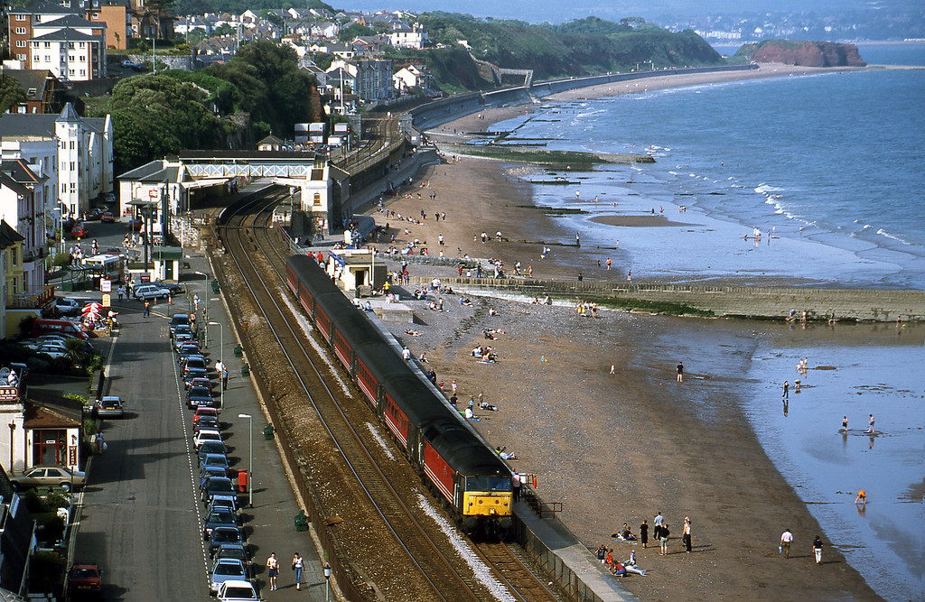 47845, 09.40 Glasgow-Penzance, Dawlish, 28-5-01.