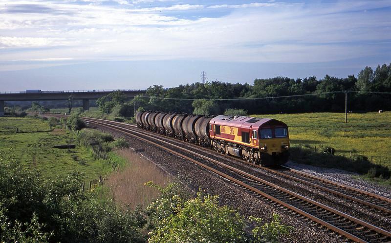 66068, 17.03 Westbury Yard-Plymouth Tavistock Junction Yard, Exminster, near Exeter, 29-5-01.
