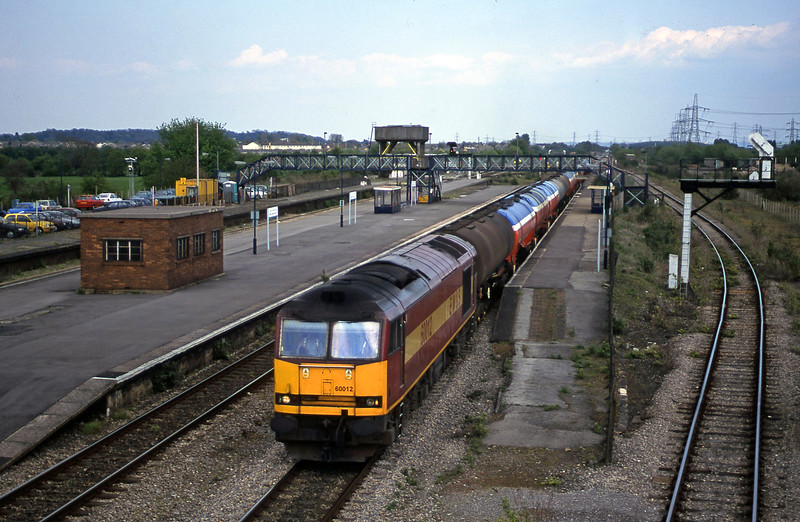 60012, 13.40 Theale-Robeston, Severn Tunnel Junction, 8-5-01.