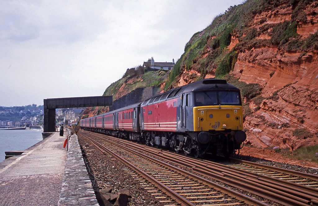 47831, 11.50 Plymouth-Liverpool Lime Street, Dawlish, 15-5-01.