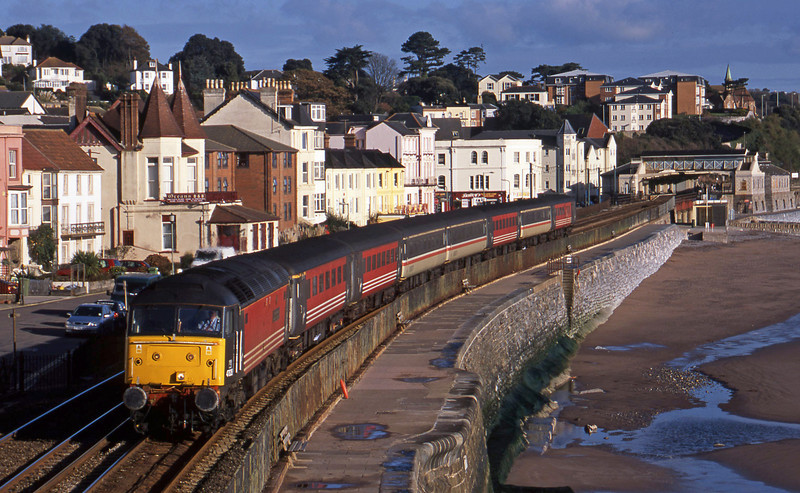 47828, 06.05 Derby-Plymouth, Dawlish, 13-11-01.