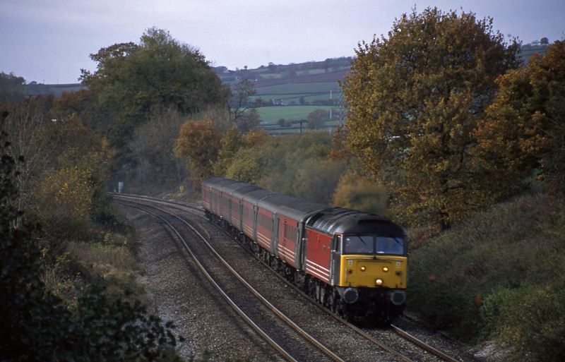47843, 11.50 Plymouth-Liverpool Lime Street, Whiteball, 22-11-01.