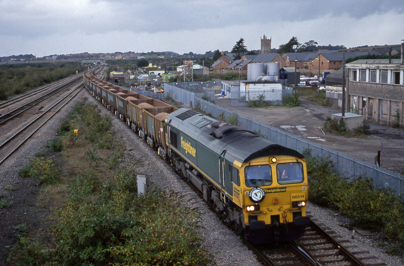 66514, 15.10 Machen Quarry-Westbury, Severn Tunnel Junction,, 2-10-01.