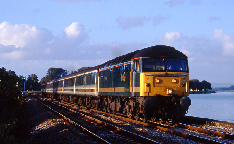 47813, 14.33 London Paddington-Plymouth, Powderham, near Exeter, 15-10-01.