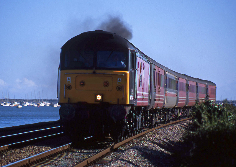 47848, 15.05 Paignton-Preston, Powderham, near Exeter, 29-9-01.