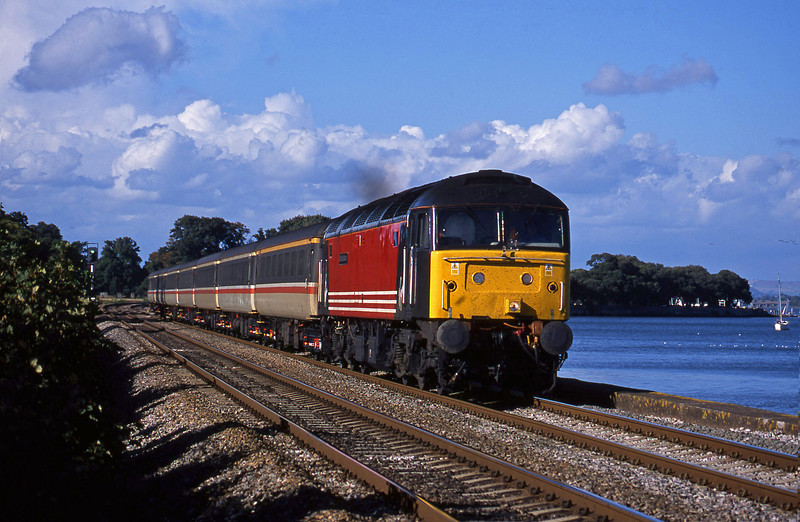 47831, 10.13 Manchester Piccadilly-Penzance, Powderham, near Exeter, 29-9-01.