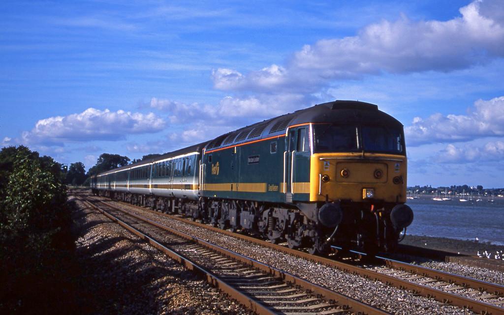 47815, 14.33 London Paddington-Plymouth, Powderham, near Exeter, 4-9-01.
