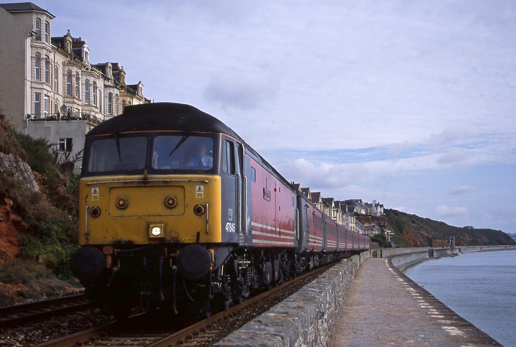 47845, 06.05 Derby-Plymouth, Dawlish, 10-9-01.