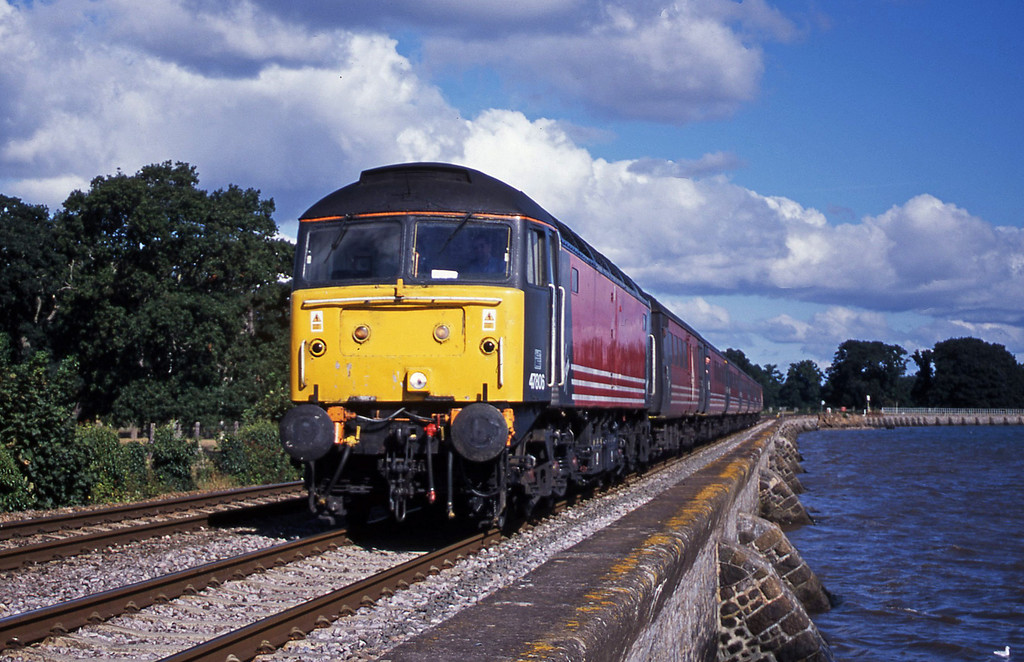 47806, 06.05 Derby-Plymouth, Powderham, near Exeter, 4-9-01.