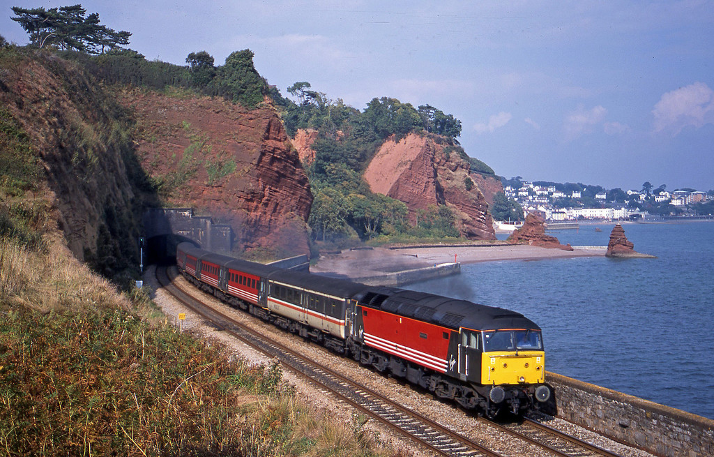 47843, 09.13 Liverpool Lime Street-Plymouth, Horse Cove, Dawlish, 25-9-01.