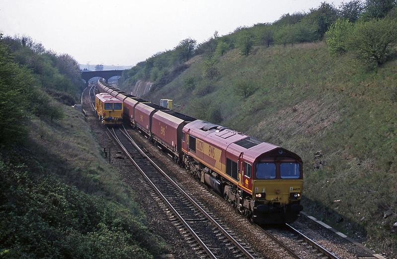 66029, Avonmouth Bulk Handling Terminal-Didcot Power Station, Stoke Gifford, Bristol, 12-4-02.