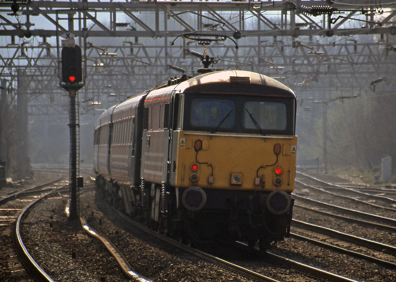 87030, 07.20 Glasgow-London Euston, Rugeley Trent Valley, 3-4-02.