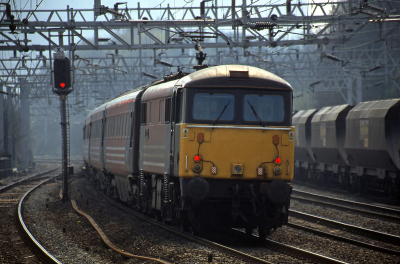 87013, 10.48 Liverpool Lime Street-London Euston, Rugeley Trent Valley, 10-4-02.