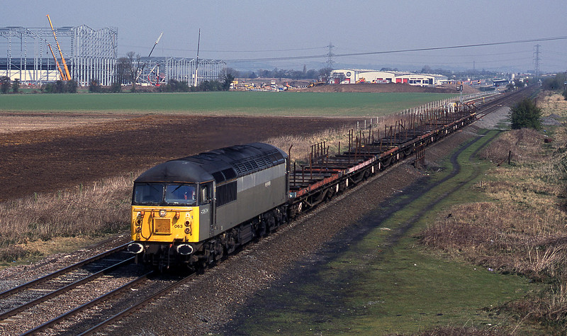 56063, up steel empties, Catholme, near Burton-on-Trent, 3-4-02.
