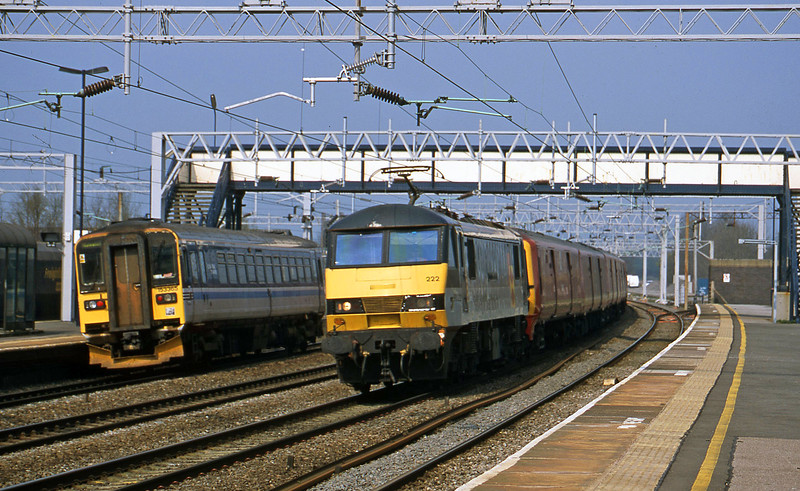 90222, 11.18 Crewe-Willesden, Rugeley Trent Valley, 10-4-02. 153365, down to Stafford.