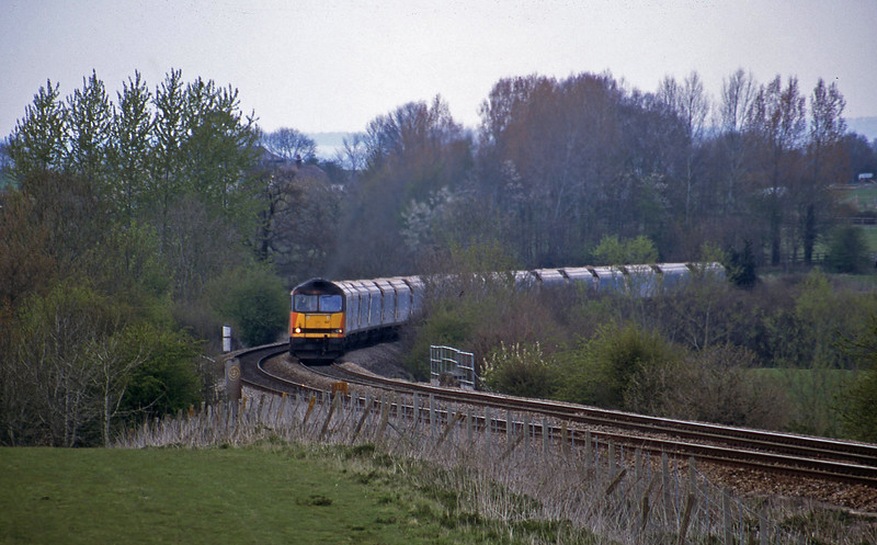 60007, 12.45 Merehead Quarry-Eastleigh, Upton Scudamore, near Warminster, 16-4-02.