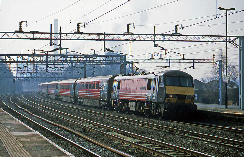 90003, 08.30 London Euston-Glasgow, Rugeley Trent Valley, 3-4--02.