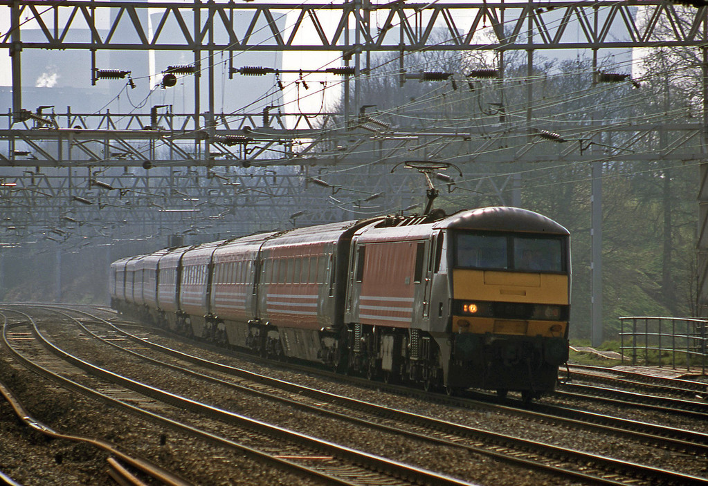 90007, London Euston-Liverpool Lime Street, Rugeley Trent Valley, 3-4-02.