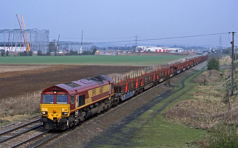 66187, 09.11 Rotherham Aldwarke-Wolverhampton, Catholme, near Burton-on-Trent, 3-4-02.