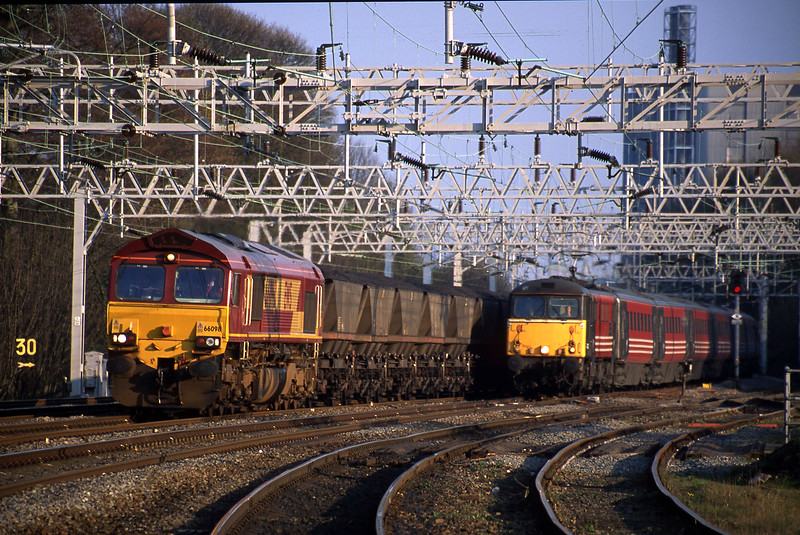 66098, down to Rugeley Power Station, 87022, 16.55 London Euston-Manchester Piccadilly,<br /> Rugeley Trent Valley, 10-4-02.