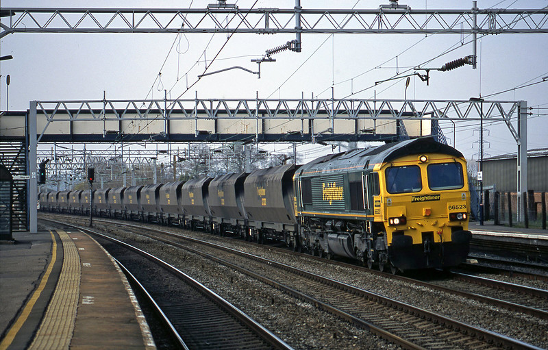 66523, up mgr empties, from Rugeley Power Station, Rugeley Trent Valley, 10-4-02.