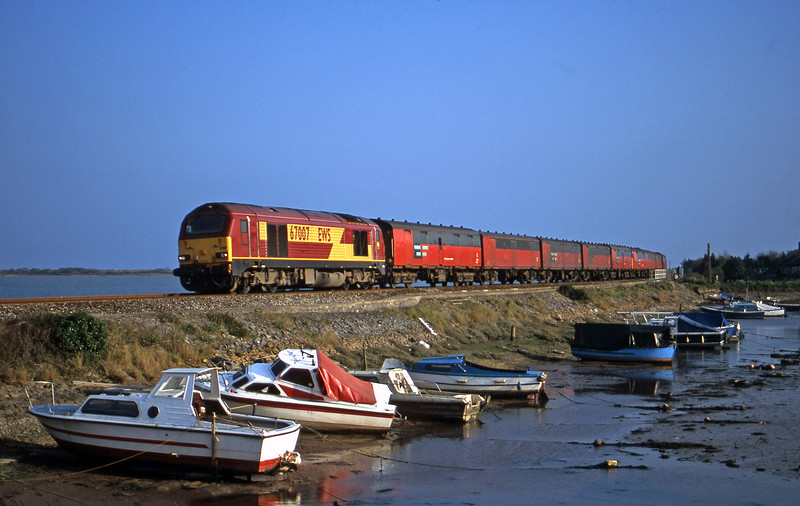 67007, 17.23 Plymouth-Low Fell, Cockwood Harbour, near Starcross, 8-4-02.
