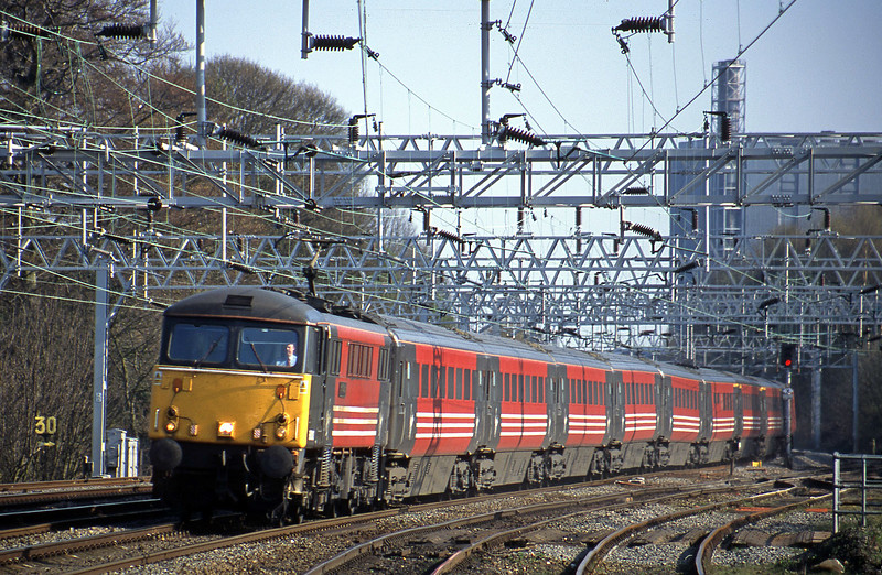 87013, 15.00 London Euston-Liverpool Lime Street, Rugeley Trent Valley, 10-4-02.