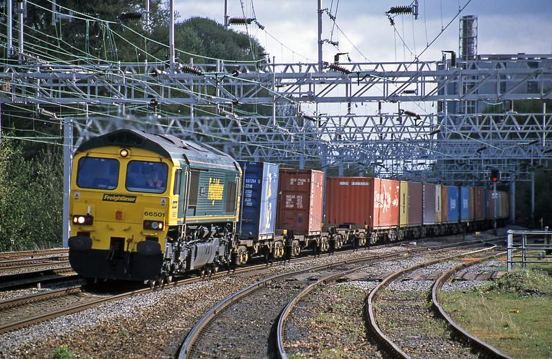 66501, 10.24 Ipswich-Coatbridge, Rugeley Trent Valley, 26-4-02.
