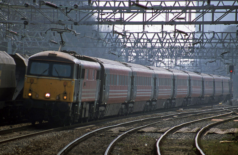 87003, 10.00 London Euston-Liverpool Lime Street, Rugeley Trent Valley, 10-4-02.
