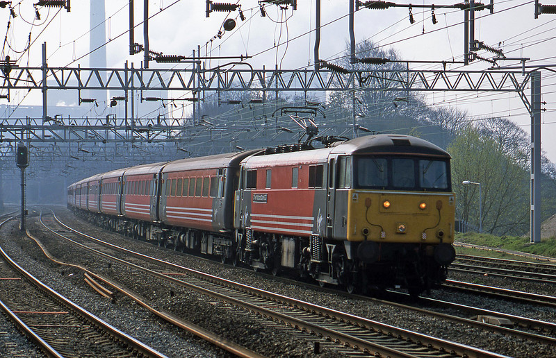 86260, 08.55 London Euston-Manchester Piccadilly, Rugeley Trent Valley, 10-4-02.