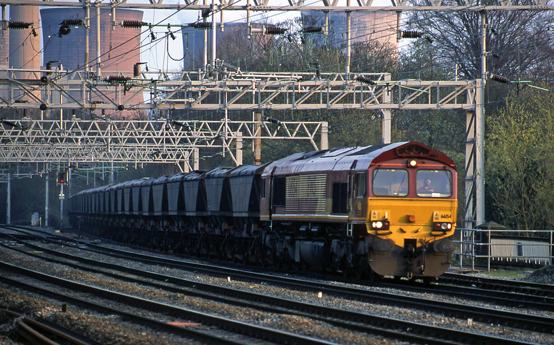 66154, down mgr empties from Rugeley Power Station, Rugeley Trent Valley, 3-4-02.