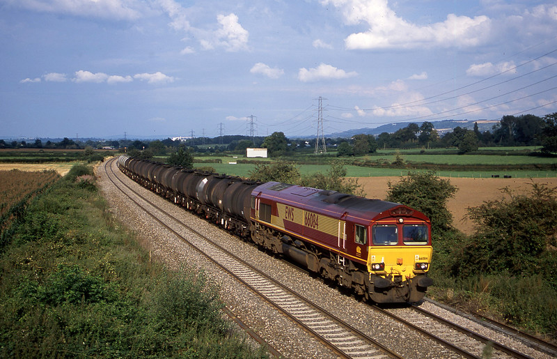 66084, 13.34 Fawley-Plymouth Tavistock Junction Yard, Berkley Marsh, near Frome, 20-8-02.