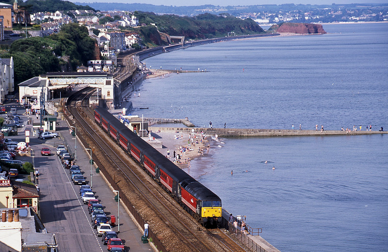 47810, 08.40 Glasgow-Penzance, Dawlish, 6-8-02.