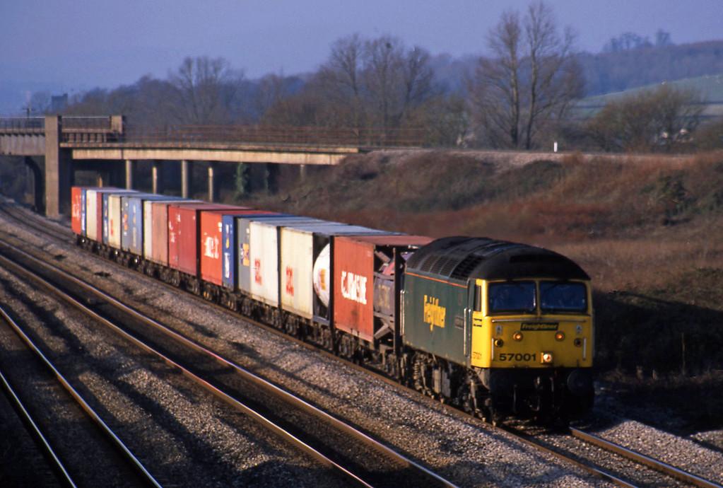 57001, 10.00 Cardiff Wentloog-Southampton, Llandevenny, near Llanwern,17-12-02.